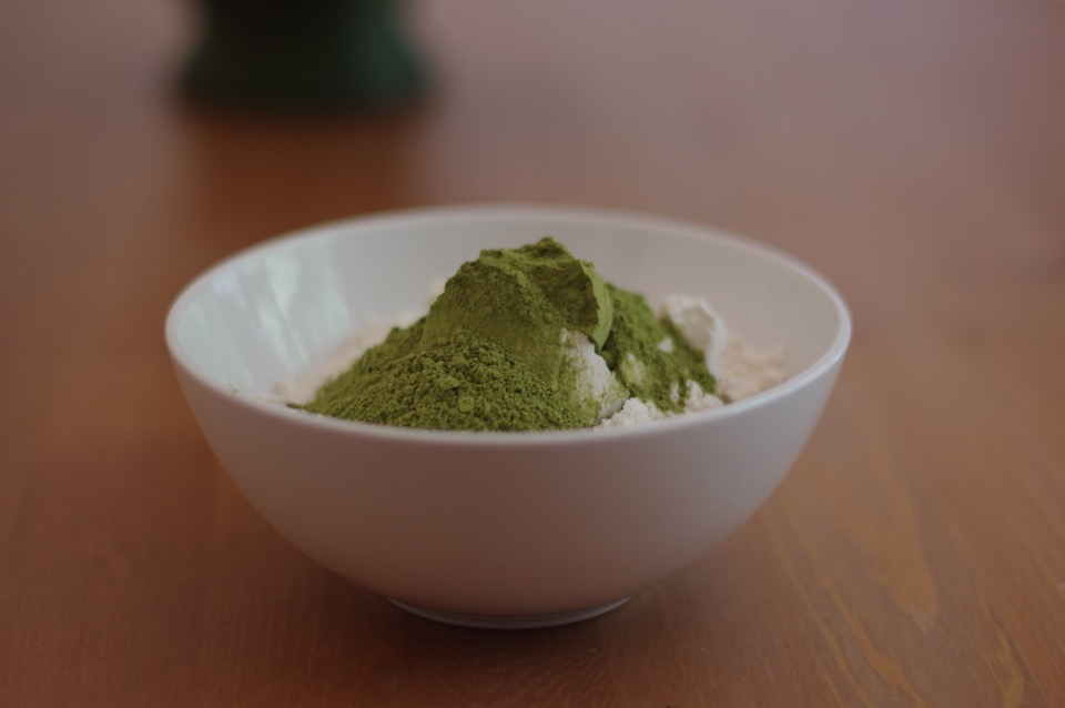 baking-with-matcha-powder