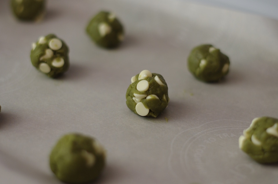 matcha-white-chocolate-cookie-dough
