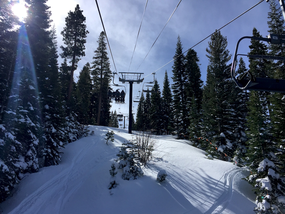 skiing-in-northstar