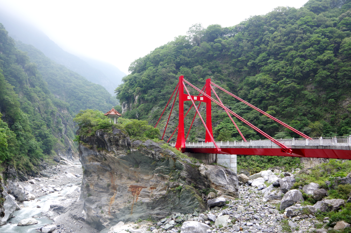 cimu-bridge-taroko-gorge2