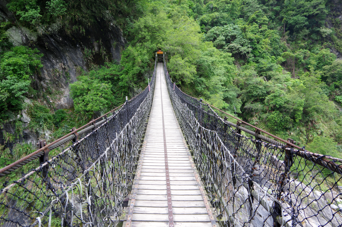 taroko-gorge-small-bridge