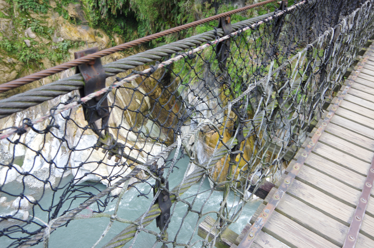 taroko-gorge-small-bridge2