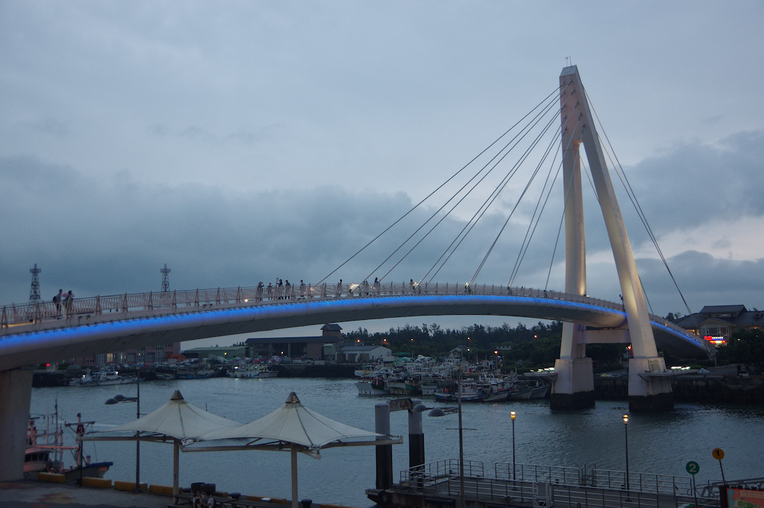 tamsui-lovers-bridge