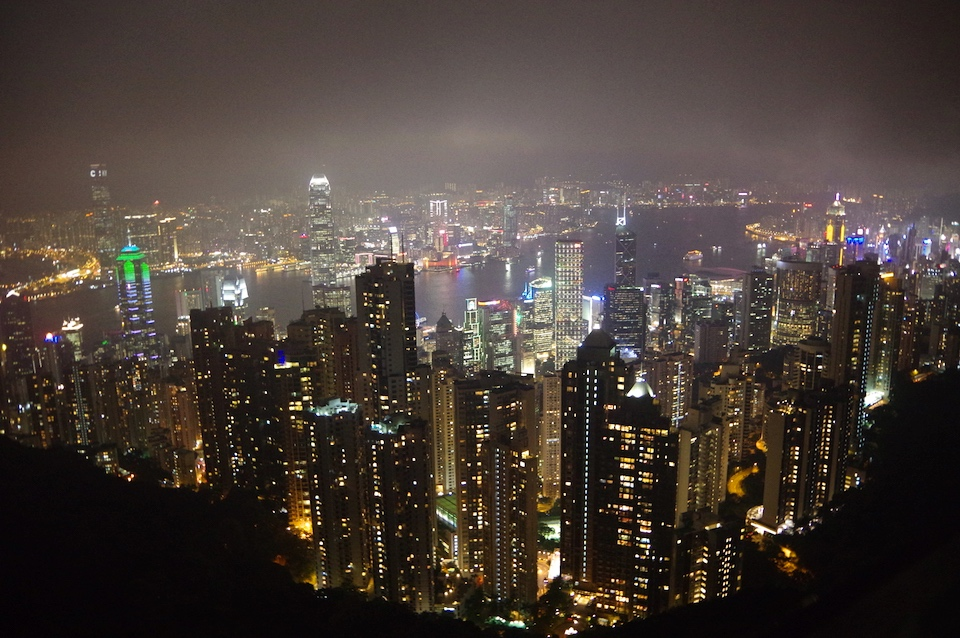 victoria-peak-hong-kong-night
